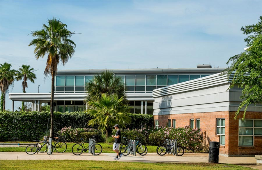 Office of Admissions | The University of New Orleans