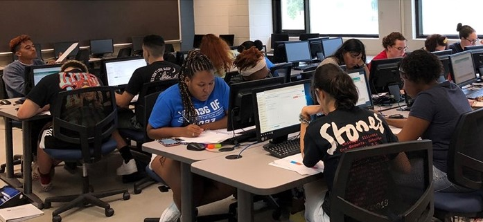 The LRC offers tutoring to UNO students