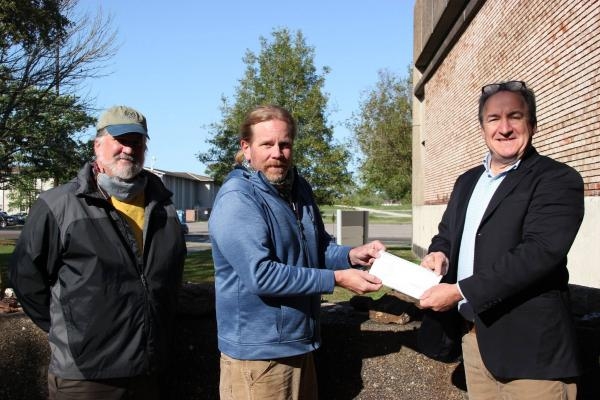 (from left) Martin O'Connell, associate professor of EES; Mark Kulp, chair of EES; and Robert Rooney, New Orleans Geological Society Memorial Foundation