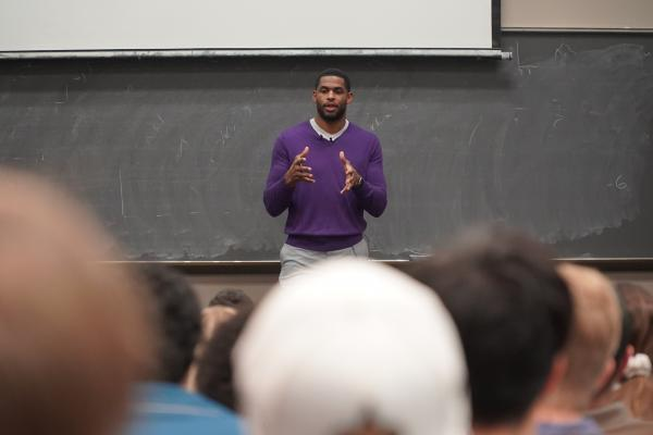 Former New Orleans Saints star receiver Marques Colston gave keynote address for the University of New Orleans' Management Week.