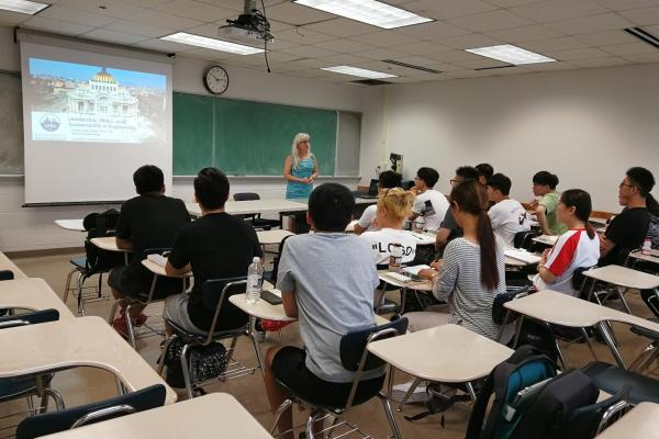 Visitors from Shanghai Maritime University attend a lecture at the University of New Orleans.